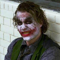 11 years ago today, heath ledger won a well-deserved oscar for hiYou can find Christopher nolan and more on our website. Joker Batman, Joker Art, Batman And Superman, Joker Dark Knight, The Dark Knight Trilogy, Heath Ledger Joker, Joker Hd Wallpaper, Joker Wallpapers, Joker Frases