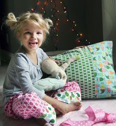 The Easiest & Cutest Pillowcase Ever: Tutorial | Pretty Prudent