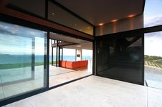 Korora House by Daniel Marshall Architects, Waiheke Island, New Zealand