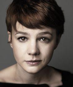 Carey Mulligan, née le 28 mai 1985 à Londres, est une actrice anglaise.