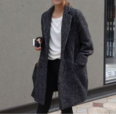 Gray Coat | White Shirt | Black Pants | Street Style
