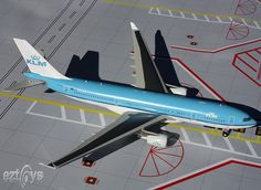 KLM  Airlines Airbus A330-200 PH-AOH   Scale:1:200