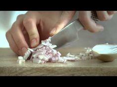 Vaříme s Lučinou - Lučinové těstoviny s rajčaty a šalotkou - TV spot Tv, Youtube, Television Set, Youtubers, Youtube Movies, Television