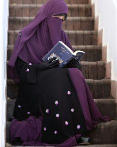 Other than black Beautiful Muslim Women, Beautiful Girl Image, Beautiful Hijab, Beautiful Asian Girls, Hijab Gown, Hijab Niqab, Muslim Hijab, Hijab Outfit, Niqab Fashion