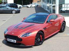 Aston-Martin V12 Vantage S