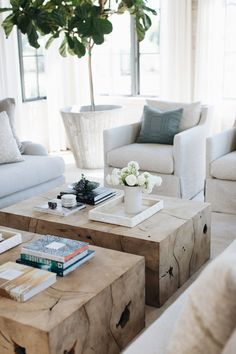 Diy Living Room Decor, Living Room Chairs, Home Living Room, Living Room Furniture, Living Room Designs, Living Spaces, Wooden Furniture, White Living Rooms, Furniture Storage