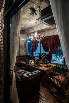Great man cave or adult den space Deco Restaurant, Luxury Restaurant, Restaurant Design, Pub Design, House Design, Speakeasy Bar, Room Planning, Dream Home Design, Cafe Bar