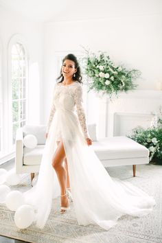 Mr Right Illusion Lace Wedding Dresses with Attachment Train Bridal Gown