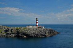 Eilean Glas Lighthouse by sandra mackay