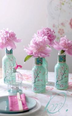 Upcycle Arizona Iced Tea bottles. Pretty (and easy)!