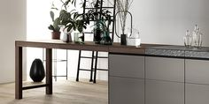 GENIUS LOCI - Designer Fitted kitchens from Valcucine ✓ all information ✓ high-resolution images ✓ CADs ✓ catalogues ✓ contact information ✓. Genius Loci, Design Your Kitchen, New Kitchen, Glass Of Champagne, Space Interiors, Create A Budget, Design Blog, Cuisines Design, Kitchen Interior