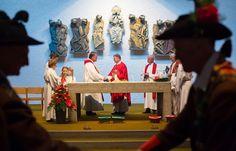 04.06.2017 - Einweihung Altarbild von Lois Fasching - Nußdorf/Debant http://ift.tt/2rzCr4p #brunnerimages