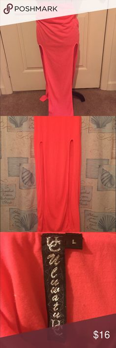 maxi cutout skirt Super cute! Large slits up both sides. Very thin and breathable material. 👺NO TRADES DONT ASK! ✌🏼️Transactions through posh only!  😻 friendly home 💃🏼 if you ask a question about an item, please be ready to purchase (serious buyers only) ❤️Color may vary in person! 💗⭐️Bundles of 5+ LISTINGS are 5️⃣0️⃣% off! ⭐️buyer pays extra shipping if likely to be over 5 lbs 🙋thanks for looking! Skirts Maxi