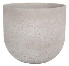 Harmaa Adelina-ulkoruukku on klassisen tyylikäs ja materiaaliltaan betonia. Saatavana kolme eri kokoa. Adele, Vase, Home Decor, Decoration Home, Room Decor, Vases, Home Interior Design, Home Decoration, Interior Design