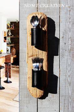 Étagère murale porte-ustensiles en bois flotté et recyclé (drift wood).  Création originale, voir disponibilité sur HOME CREATION Boutique web : http://www.alittlemarket.com/boutique/home_creation-1828923.html
