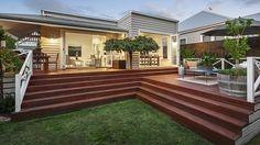 Darren & Deanne Jolly's home - Melbourne. weatherboard cottage.