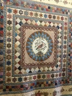 Heathton Manor Creations: Holidays and another quilt show.