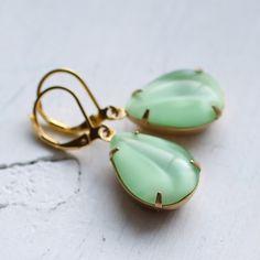 Apple Moonstone Earrings ... Vintage Glass Gems by SilkPurseSowsEar on Etsy https://www.etsy.com/listing/207649321/apple-moonstone-earrings-vintage-glass