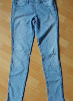 Kup mój przedmiot na #vintedpl http://www.vinted.pl/damska-odziez/rurki/15645166-spodnie-rurki-z-zamkiem-z-boku-hm-rozmiar-40