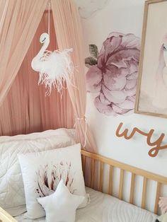 SWAN DESIGNS IN CHILDREN'S ROOMS Playroom Decor, Nursery Decor, Nursery Mobiles, Nursery Ideas, Swan Wallpaper, Nursery Wallpaper, Devine Design, Princess Room, Nursery Design