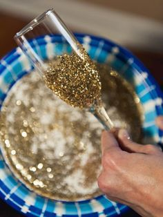 How to Make Glitter Champagne Flutes : Decorating : Home & Garden Television--FOR BRIDESMAIDS