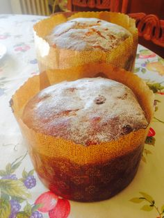 Panettone Muffin, Breakfast, Food, Sweets, Desserts, Morning Coffee, Muffins, Cupcake, Meals