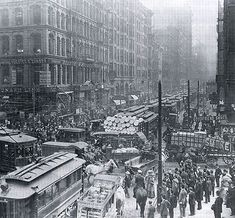 1909 rush hour - cool! Hasn't changed much in 104 yrs lol