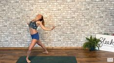 Try this short balletic sequence daily for a supple, toned upper back and arms Ballet Workouts, Tone It Up, Physique, Arms, Dance, Fitness, Physicist, Dancing, Physics