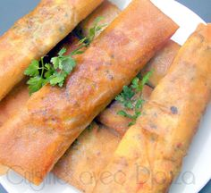 Des bricks ou bourek à la viande hachée du fromage feta et une sélection d'épices car durant le ramadan, une brick consommée permet de vite être rassasier