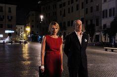 """""""La grande Bellezza"""", di Paolo Sorrentino (2013) ------ Passeggiata notturna di Jep Gambardella (Toni Servillo) e Orietta (Isabella Ferrari) a Piazza Navona. --------- #cinema #Roma"""