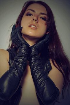 """"""" Another perfect pair ;-) Boss knows there's a poultry joke coming up…*fluttering eyelashes*…""""oh beloved, begloved Boss, would it please You to look at. Black Leather Gloves, Leather Accessories, Gloves Fashion, Long Gloves, Portraits, Sexy, Beautiful, Fetish Fashion, Women's Fashion"""