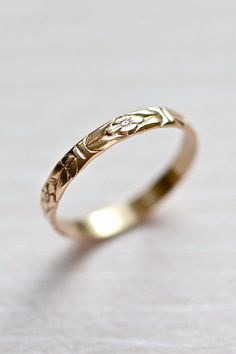 14kt Gold Forget-Me-Not Floral Wedding Stacking Ring, SIZE 5