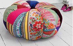 Confira novas ideias de artesanato em patchwork, uma técnica de artesanato com retalhos de tecido, que cria peças charmosas e bem criativas.