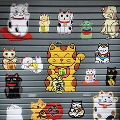 Manekineko door