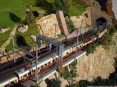 Model Railroad Trains: Photo