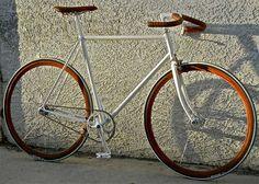 Custom Fixed Gear from http://www.fixedgeargallery.com