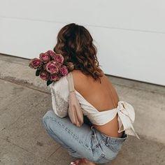 Sara Escudero (@collagevintage) • Fotos y videos de Instagram Lip Augmentation, Collage Vintage, Off Shoulder Blouse, Backless, Instagram, Central Coast, Amazing People, North Shore, Clinic
