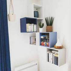 Ikea Eket - All For Decorations Ikea Living Room, Ikea Bedroom, Decor Room, Bedroom Decor, Home Decor, Ikea Eket, Ikea Malm, Wall Shelves Design, Home Office Design