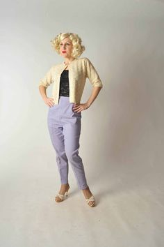 1950 fashions | RESERVED Vintage 1950s Pants // Spring Fashion at Fab Gabs: The Bye ... 50s Look, Sassy Pants, Girls Sweaters, 1950s Fashion, Stretch Jeans, Vintage Looks, Clothing Ideas, Pinup, Casual Wear