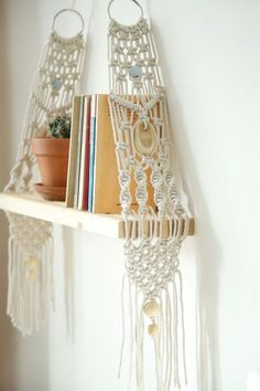 Macrame wall hanging Shelf can hang and decor your walls and give your home bohoc.8 This modern macrame gives your room warm feeling, you can hang it in your badroom,living room or any other room. Macrame wall hanging, vintage macrame, floating shelf, macrame wood shelf, macrame bookshelf
