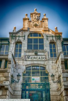 The entrance to the Mercado de la Esperanza, Santander, Spain Santander Spain, Backpacking Spain, Spain Culture, Spain Travel, Travel Europe, Spain Holidays, Places Of Interest, Study Abroad, Where To Go
