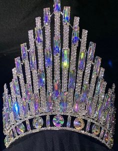 Royal Crowns, Tiaras And Crowns, Tiaras For Sale, Queens Tiaras, Crown Aesthetic, Pageant Crowns, Gold Tiara, Bride Hair Accessories, Crystal Crown