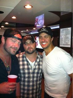 Tyler Farr Wallpaper | tyler farr on Tumblr