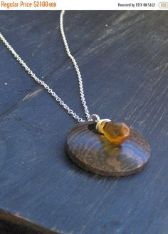 OAK & HONEY. Wood and amber crystal rustic necklace
