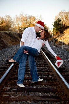 Christmas themed photography shoot Meriles Meriles Miller maybe we can get one of these in for christmas cards this year! Holiday Pictures, Winter Photos, Christmas Photos, Themed Photography, Couple Photography, Photography Props, Cute Couples Photos, Couple Pictures, Christmas Couple