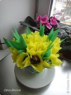 Свит-дизайн 8 марта День рождения Бумагопластика С 8 МАРТА   Желтые тюльпаны о-о-о  Бумага гофрированная Клей Продукты пищевые фото 2