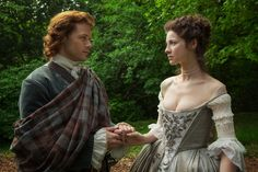 """Caitriona Balfe and Sam Heughan, """"Claire Fraser"""" and """"Jamie Fraser"""""""