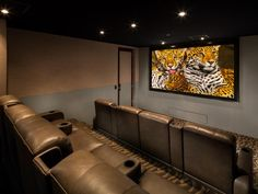 Amazing Home Theater Designs Home Theater Screens, Home Theater Basement, Home Theater Room Design, At Home Movie Theater, Home Theater Rooms, Theatre Design, Home Cinema Seating, Cinema Seats, Room Acoustics