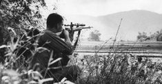 A Vietnam War Sniper Crawled for 3 Days Across 2000m of Open Field, Killed NVA General With One Shot, Then Crawled Back