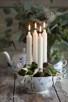 Creative Advent cand Using the word JOY in your Christmas Decor is a great way to keep the reason for the season in mind. Have fun spreading Christmas JOY all over the house. Danish Christmas, Noel Christmas, Scandinavian Christmas, Winter Christmas, All Things Christmas, Christmas Crafts, Christmas Decorations, Holiday Decor, Christmas Candles